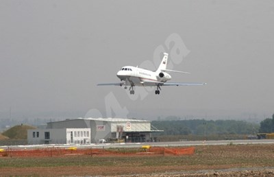Над 4000 лв. заплата в авиационния контрол