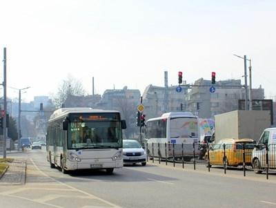 Градският транспорт в София ще е до 22 часа от сряда. Снимка: Архив