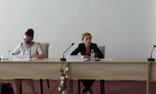Марияна Николова на спешна среща с германските туроператори у нас