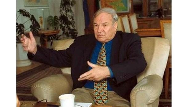 Тодор Кавалджиев - един от най-честните българи. В приемен ден с граждани - дал на този някой лев, дал на другия и останал без пари