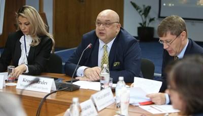 Срещата бе организирана от ММС и открита от министъра на младежта и спорта Красен Кралев. Снимка ММС