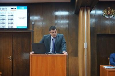 Иво Пазарджиев