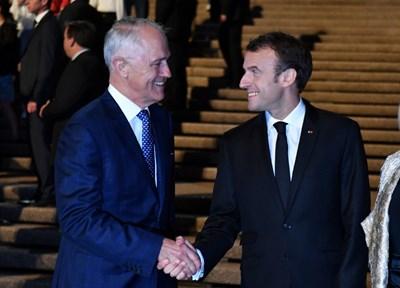 Президентът на Франция Еманюел Макрон пристигна в Сидни на тридневно посещение в Австралия СНИМКИ: РОЙТЕРС