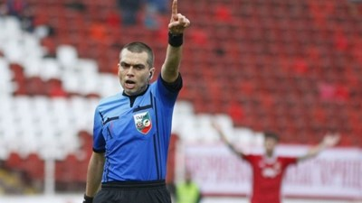 УЕФА вдигна Волен Чинков в категория