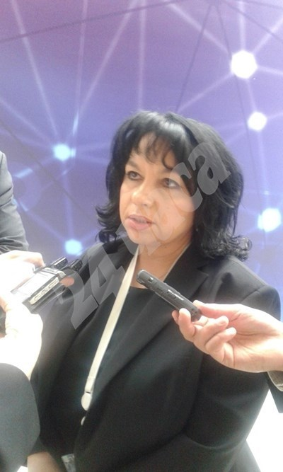 Министър Петкова СНИМКА: Марияна Бойкова