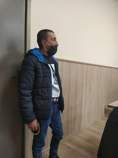Милко Гълъбов в пловдивския районен съд СНИМКА: Анелия Перчева
