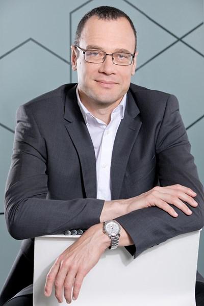 Д-р Кирил Николчев е управител на американската биофармацевтична компания АбВи от основаването й в България през 2013 г.