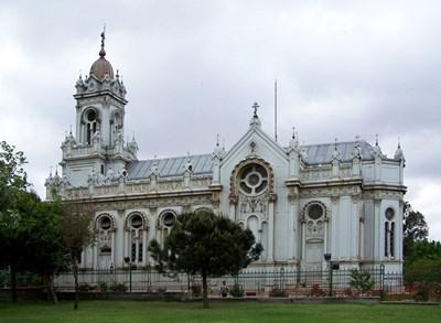"""Църквата """"Свети Стефан"""" ще е напълно готова през декември. СНИМКИ: АВТОРКАТА"""