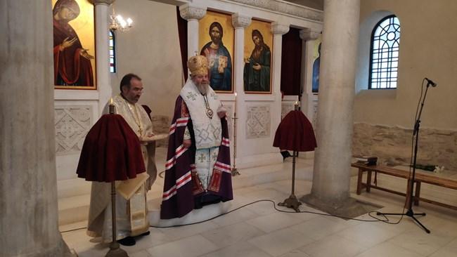 С тържествена света литургия започнаха тържествата за 113 г. независима България (Снимки)