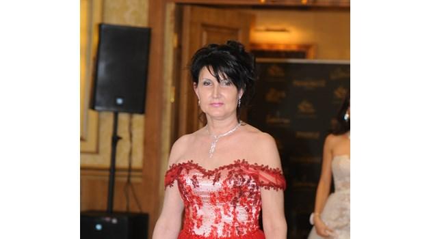 Жената, която стана Мисис Бургас на 54 г., си отиде след 7 операции, но с несломен дух