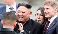Бронираният влак на Ким Чен Ун пристигна във Владивосток