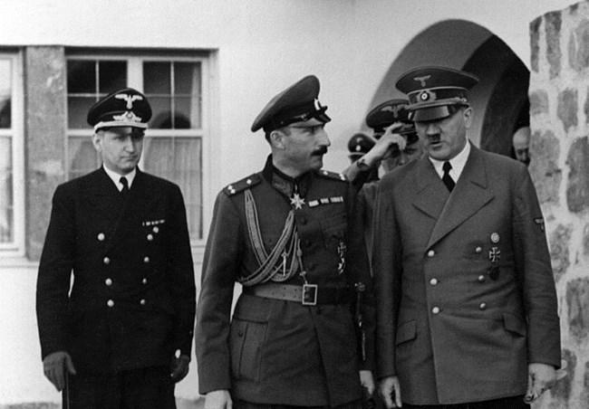 Резултат с изображение за посещение на цар Борис III в немската Главна квартира