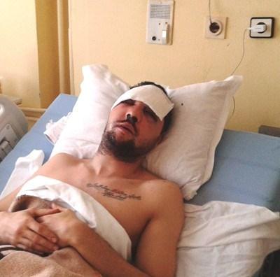 Пребитият Стоян Тончев в болницата.Снимка:Елена Фотева