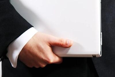 Мъжете с по-дълъг безименен пръст - по-малко застрашени от смърт от COVID-19
