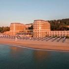 """Хотел """"Балнео & СПА Азалия"""" - здраве от морето и минерална вода в курорта Св. св. Константин и Елена"""