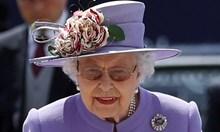 Кралицата с готова реч при Трета световна война