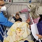В Иран има остър недостиг на медици и болнични легла на фона на пандемията СНИМКА: Ройтерс