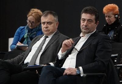 Шефовете на БНР и БНТ Александър Велев и Константин Каменаров СНИМКА: АРХИВ