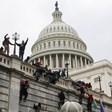 """Фронтменът на """"Айсд ърт"""" е задържан за участие в щурма на Капитолия"""