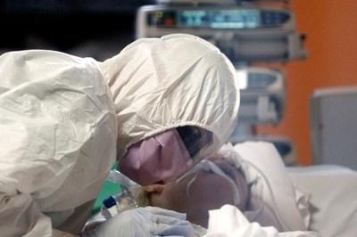 Всички жители на Букурещ ще бъдат тествани за коронавируса СНИМКА: Ройтерс