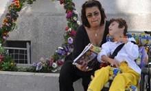 Майката, която разплака Борисов: В Холандия поемат изцяло грижата за дъщеря ми, а тук системата ни убива