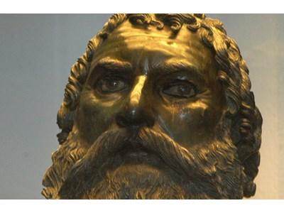 Бронзовата глава на Севт III търси своето тяло