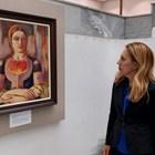 Министър Николова разгледа картините на Майстора в Кюстендил (Снимки)