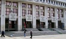 Постоянен арест за обвинен в убийство на клошар пред болницата в Бургас