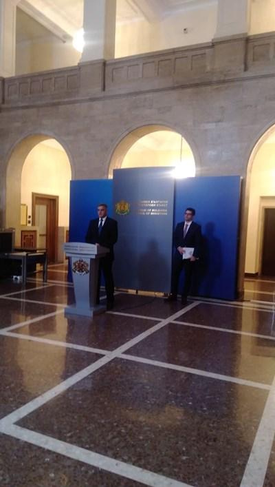 Стефан Янев след заседанието на Министерски съвет Снимки: АВТОРЪТ