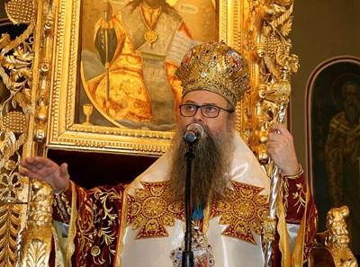 Пловдивският митрополит Николай ще посрещне светите мощи