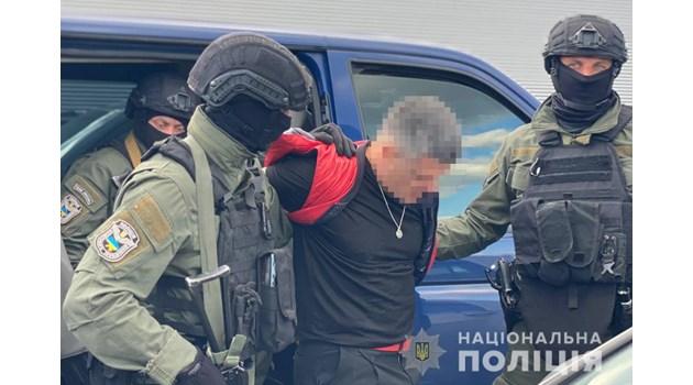 Кокаиновият крал Брендо се криел с фалшив паспорт в къща до Киев, гледал марихуана вътре