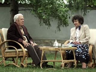 """Мутафова и Калоянчев в """"Столичани в повече"""" - последното заставане на двамата колоси пред камерата..."""