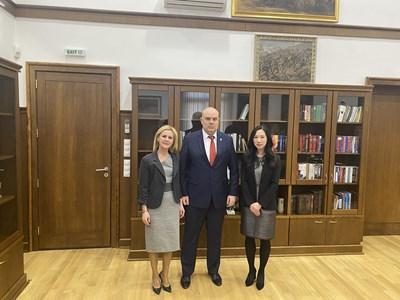 Иван Гешев, Джесика Ким и  говорителят на главния прокурор  Сийка Милева