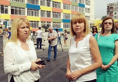 """Столичният кмет провери ремонта на 101-о училище в """"Надежда"""".  СНИМКА: ГЕО КАЛЕВ"""