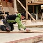 Майсторът, който ще ремонтира нещо в жилището, трябва да даде някакъв документ колко му е платено, за да се ползва данъчното облекчение.