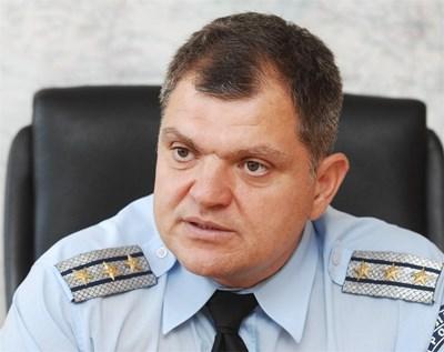 Комисар Антон Антонов