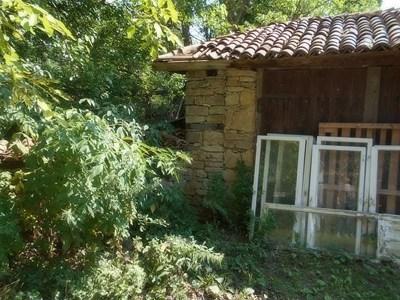 Данъчните продават къща паметник в Арбанаси за 136 хиляди лв.