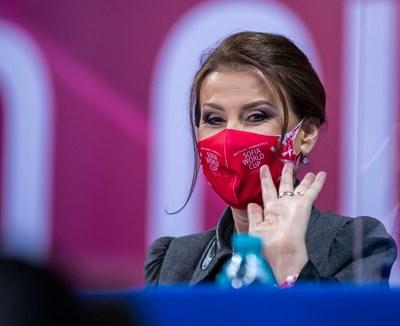 Илияна Раева по време на световната купа по художествена гимнастика в София, на която българките направиха фурор след прекъсването заради пандемията. СНИМКА: АННА НЕДКОВА