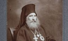 Комунистите яздели свещениците като магарета, карали ги с брадите си да мият нужници