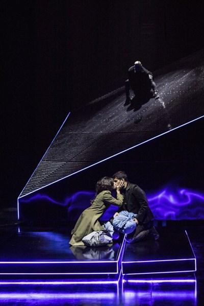 """В театър """"София"""" предлагат уникален прочит на """"Франкенщайн""""."""