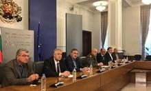 """Шефовете на """"Пирогов"""" и Александровска: Да не превръщаме болниците в морги"""