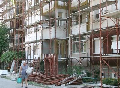 Санирането в Пловдив значително закъсня, дори Лъки изпревари втория град у нас. Снимка: 24 часа