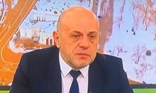 Президентът май иска да е архитект на нова Тройна коалиция