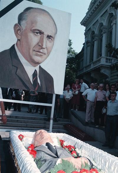 Погребението на Тодор Живков СНИМКА:  РУМЯНА ТОНЕВА