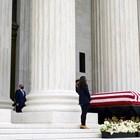 Тръмп почете паметта на съдия Рут Бейдър Гинсбърг (Снимки)