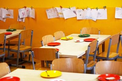Глобяват фирми за кетъринг, детски кухни и училищни столове за липса на дезинфектант