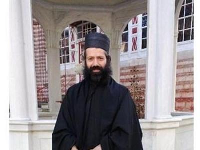 39-годишният монах, който загърби обещаваща светска кариера и се посвети на Бога.