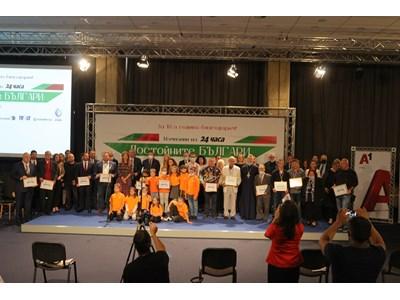 Достойните българи: Човещината е по-заразна от коронавируса