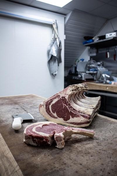 Учени от Република Корея са успели да научат невронна мрежа да определя свежестта на говеждото месо