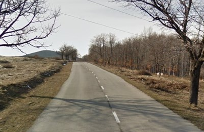 Пътят Омуртаг - Котел СНИМКА: Google Street View